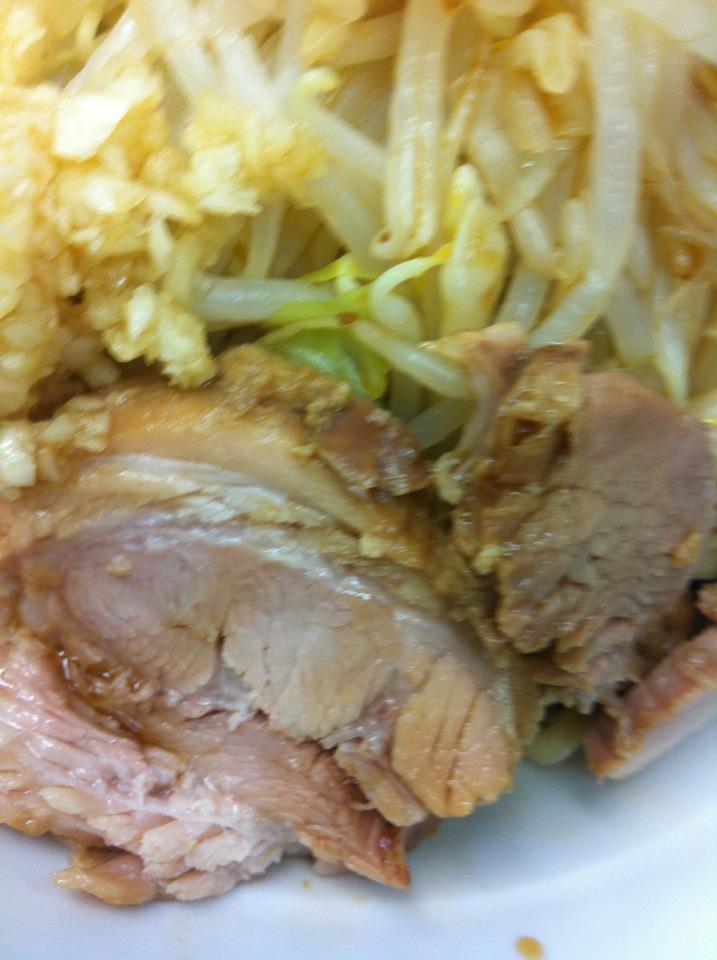 関内 冷やし中華風の豚アップ