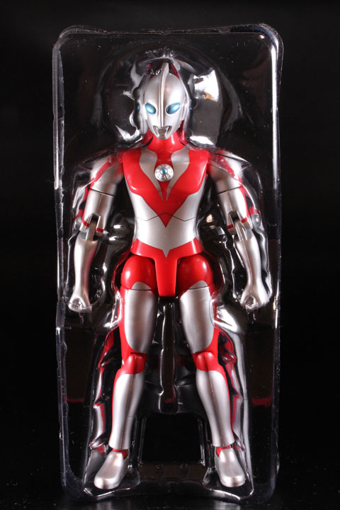 actionhero_ultramanpowerd_03.jpg