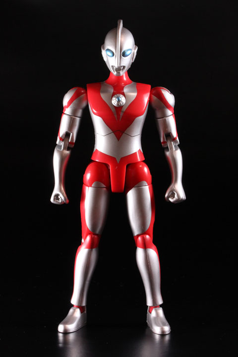 actionhero_ultramanpowerd_04.jpg