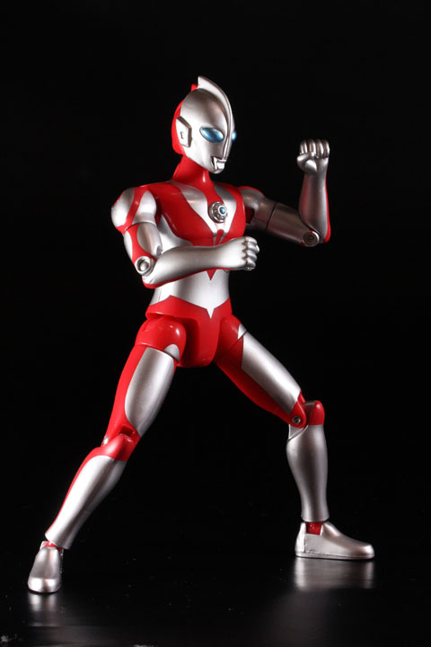 actionhero_ultramanpowerd_09.jpg