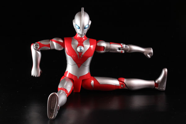 actionhero_ultramanpowerd_11.jpg