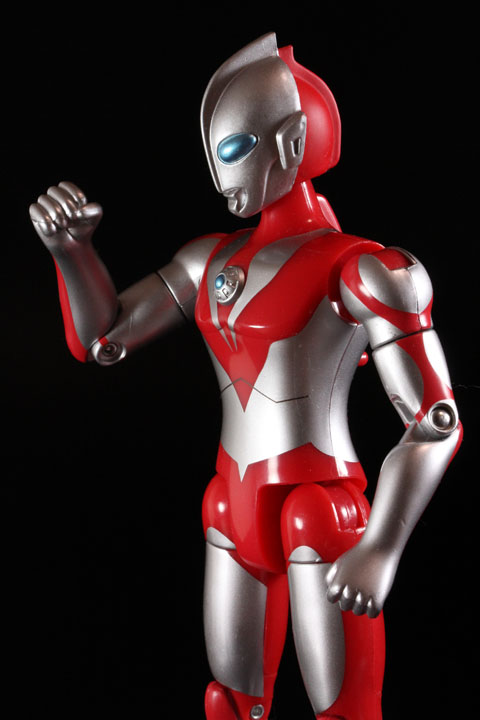 actionhero_ultramanpowerd_15.jpg