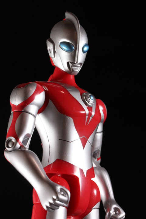 actionhero_ultramanpowerd_17.jpg