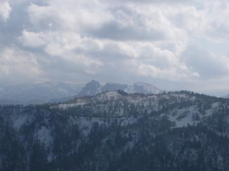 ゴツゴツの定山渓天狗岳