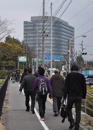 出勤するトヨタ労働者 DSC_0016