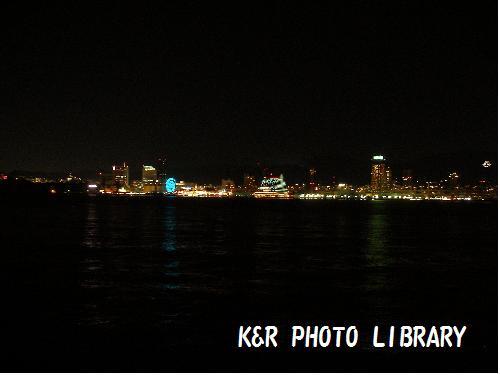 ポートアイランドからの夜景