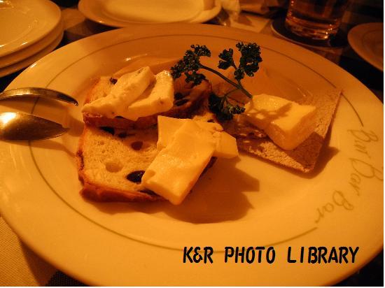 フレッシュチーズの盛り合わせ