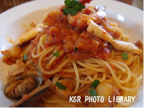 海鮮トマトソーススパゲティー