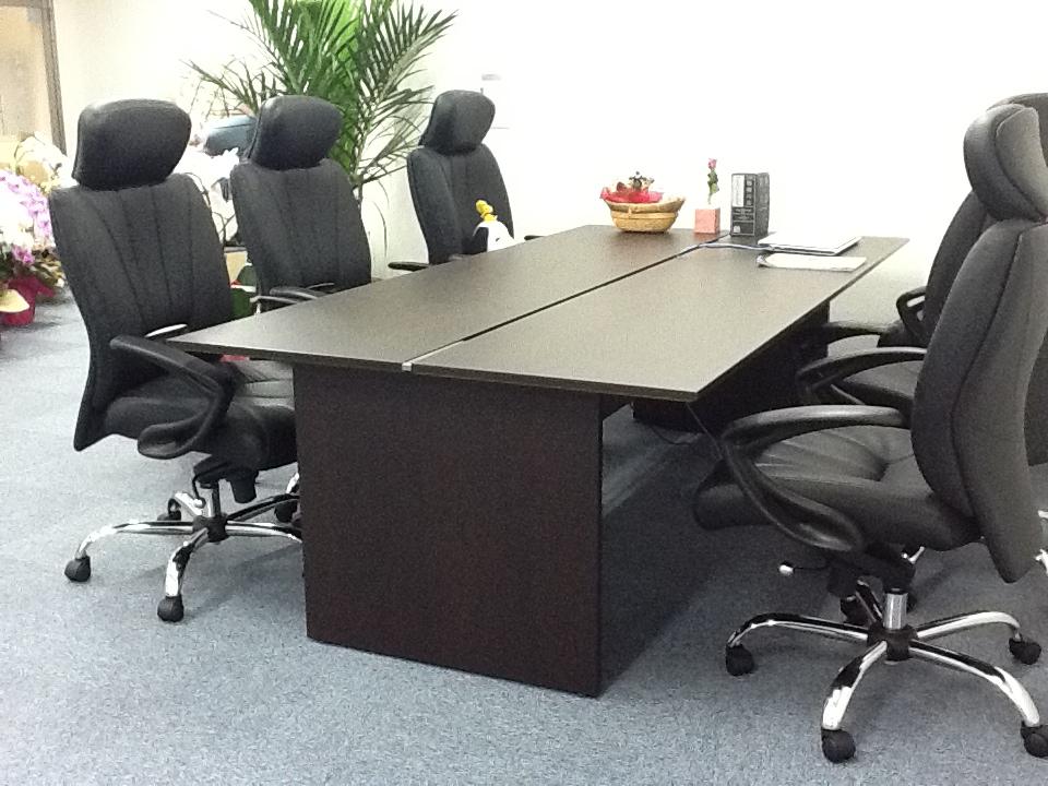 応接室テーブル