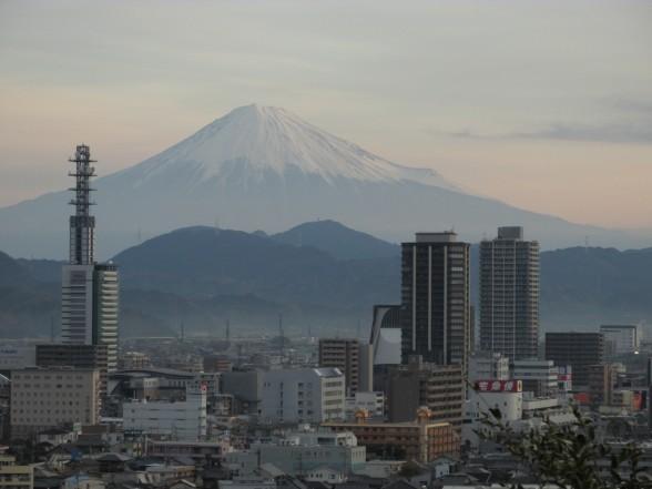 24.11.30八幡山散歩 041_ks