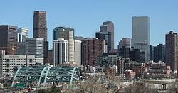250px-2006-03-26_Denver_Skyline_I-25_Speer.jpg