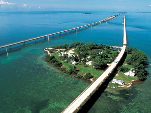 Seven_mile_bridge2_convert_20120927180815.jpg
