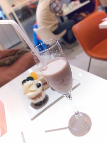 国産苺の豆乳ジュース@FOURSEASONS CAFE 2013年12月