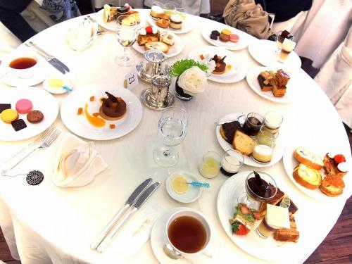 テーブル@ホテルニューオータニ東京_パラッツォオータニ新春スイーツビュッフェ2014