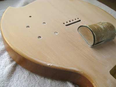 ギター塗装・サンジング