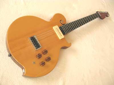 国産シンラインギター