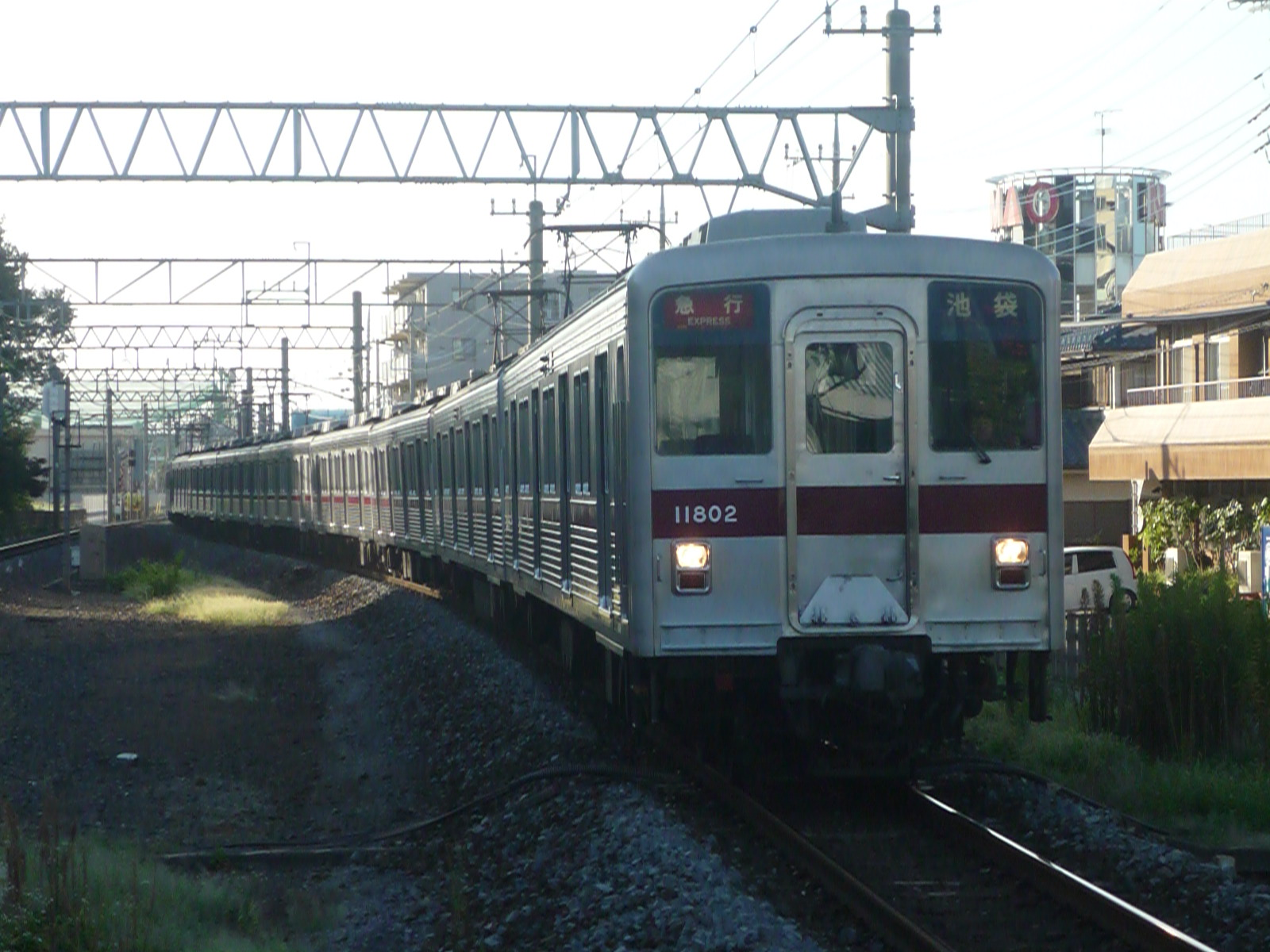 2012-08-28-03