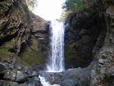 キュウハの大滝