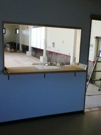 台所から保育室