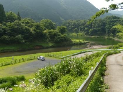 梅田湖、上の駐車場_20120711_DSCN2084
