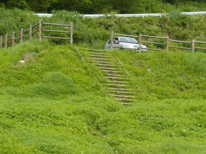 梅田湖、上の駐車場_20120711_DSCN2088