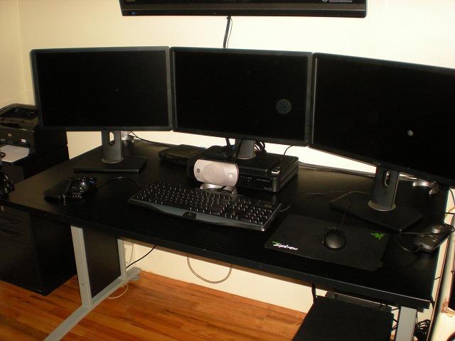 Desktop3_125.jpg