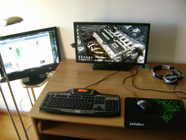 Desktop3_146.jpg