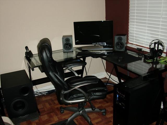 Desktop3_50.jpg