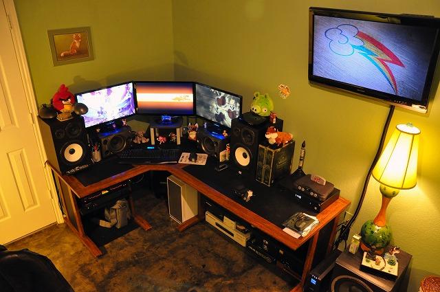 Desktop3_61.jpg