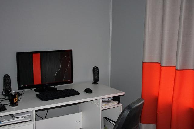 Desktop3_70.jpg