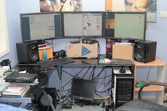 Desktop3_93.jpg
