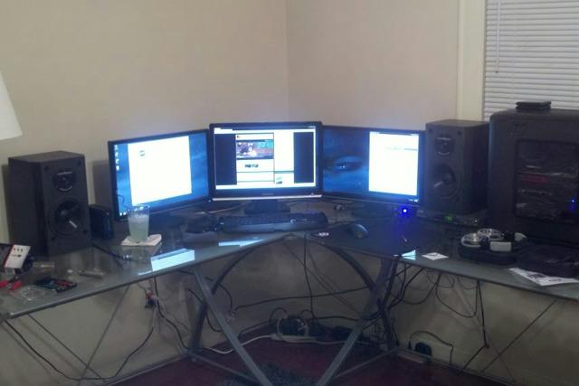 Desktop4_02.jpg