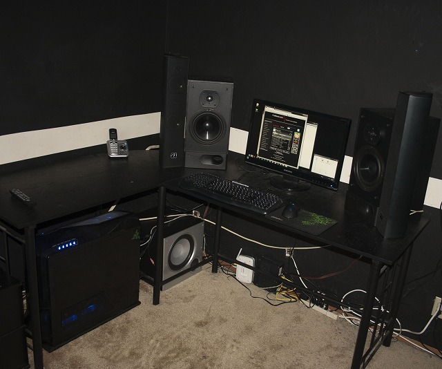 Desktop4_03.jpg