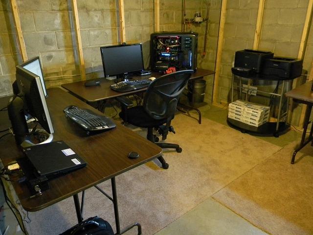 Desktop4_126.jpg