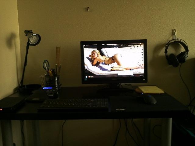 Desktop4_134.jpg