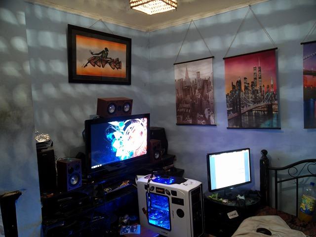 Desktop5_70.jpg