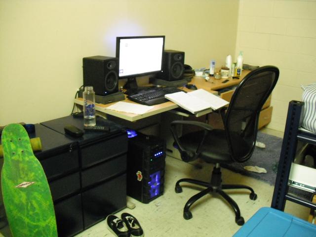 Desktop5_99.jpg