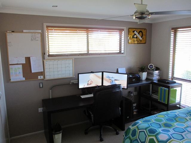 Desktop6_108.jpg