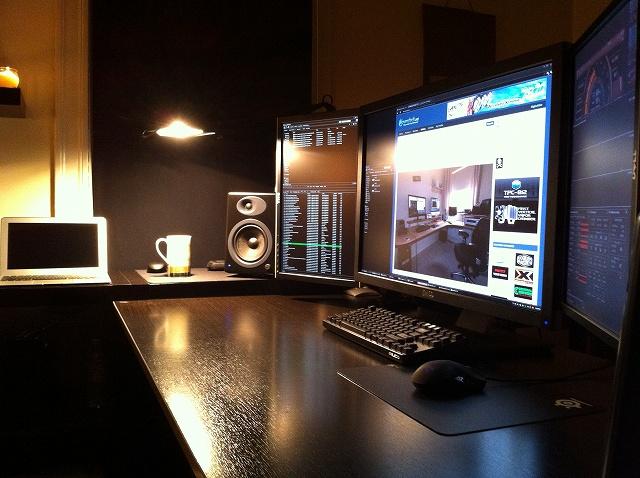 Desktop6_12.jpg