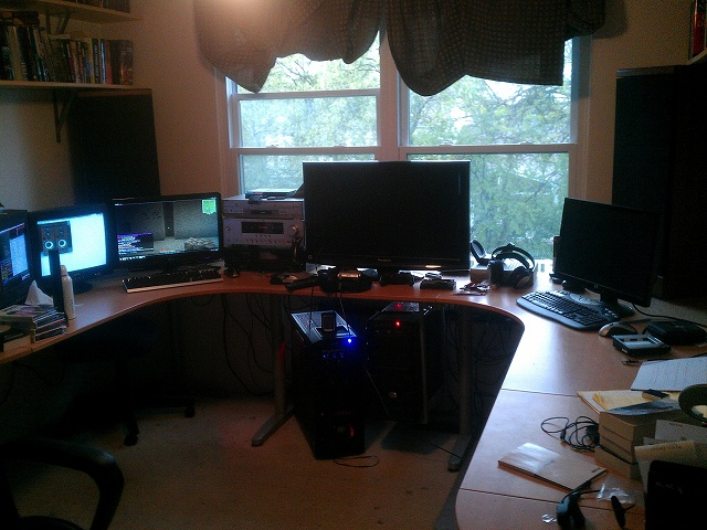 Desktop6_22.jpg