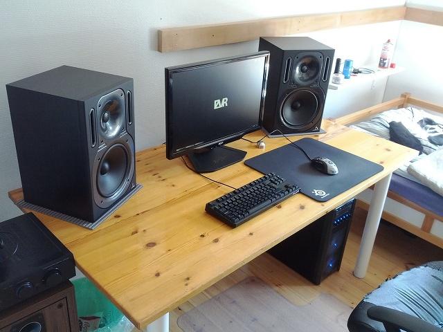 Desktop6_48.jpg