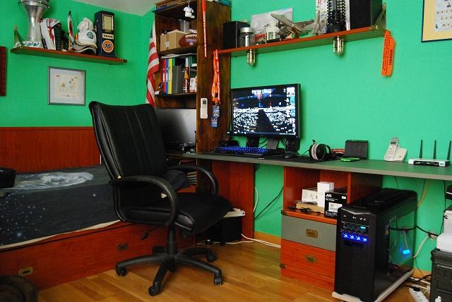 Desktop7_106.jpg