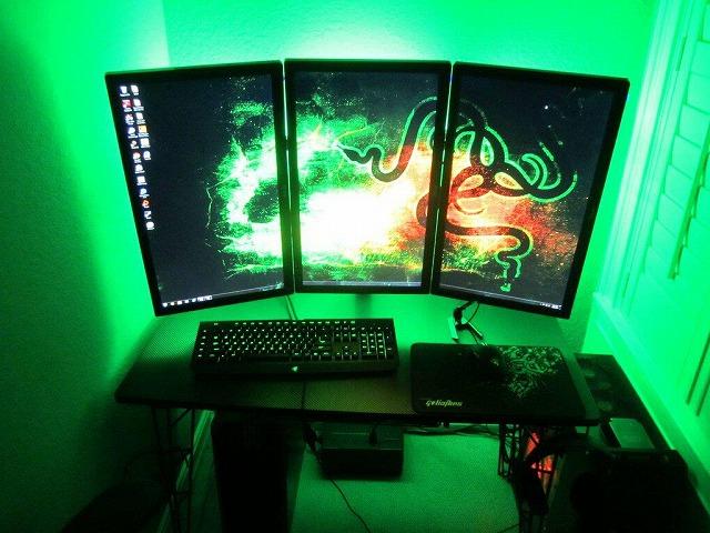 Desktop_Razer3_01.jpg