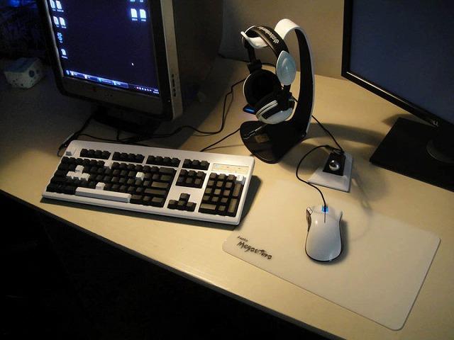 Desktop_Razer_011.jpg