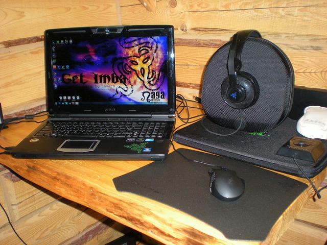 Desktop_Razer_012.jpg