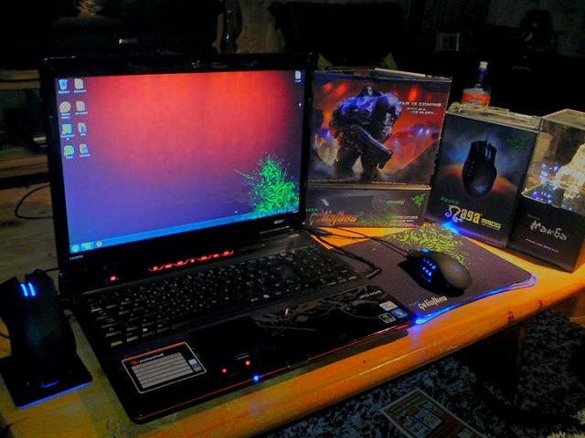 Desktop_Razer_039.jpg