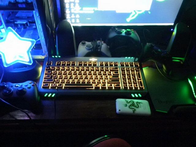 Desktop_Razer_074.jpg