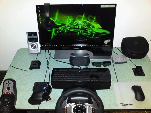 Desktop_Razer_105.jpg