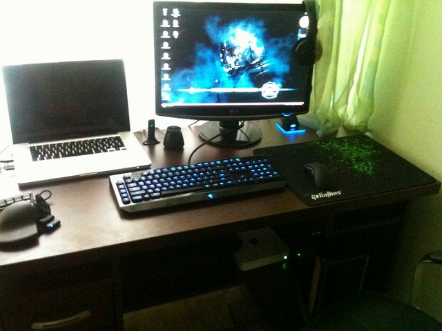 Desktop_Razer_107.jpg