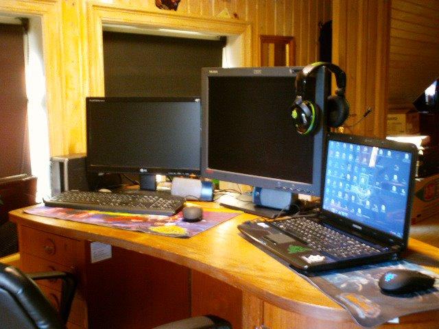 Desktop_Razer_136.jpg